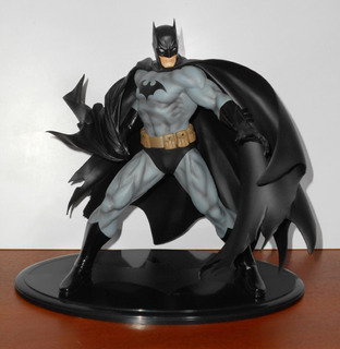 Batman (artfx) - Batman Black Costume (jim Lee) (escala 1/6)