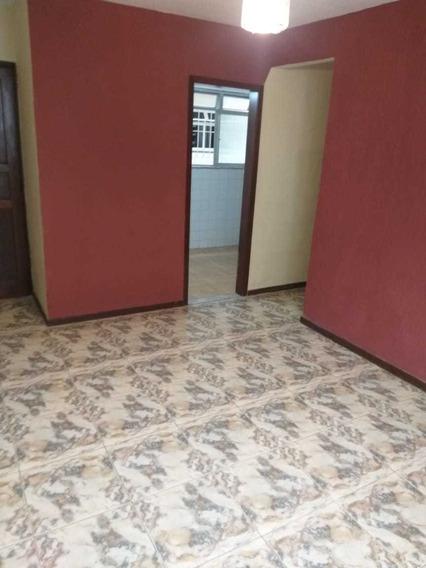 Apartamento Em Teresópolis 1°andar Oportunidade Para Idosos