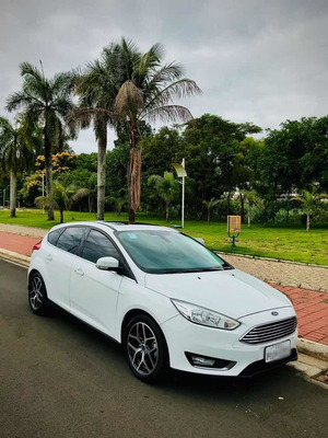 Ford Focus 2017 2.0 Titanium Flex Powershift 5p
