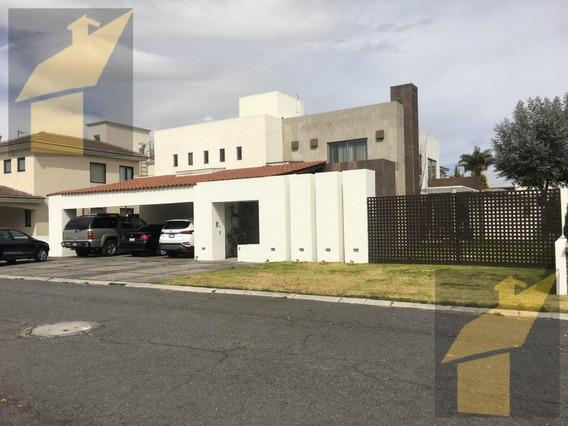 Casa En Venta En Privada Col. La Asunción En Metepec A 35min De La Cdmx