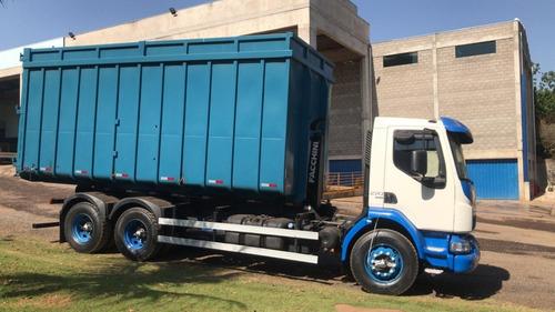 Roll-on Roll-off Volvo Vm270 6x4 I-shift