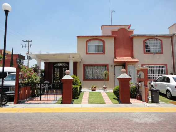 Venta Bonita Casa Con 47m2 De Terreno Excedente