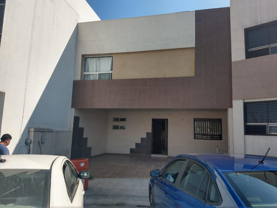 Casa En Venta En Apodaca, Caoba Residencial