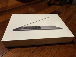 Apple Macbook Pro Laptop 15.4inch 2018 Model