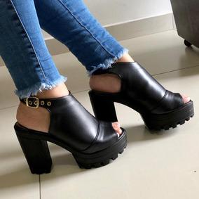 Sandália Ankle Boot Preta Solado Tratorado Salto Alto