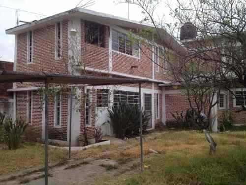 Casa Temixco Morelos - Dos Plantas Con Jardín.