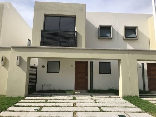 Preciosa Casa En Renta En Fracc Adamar Al Sur De La Ciudad.