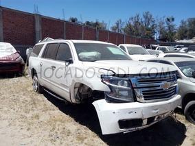 Chevrolet Suburban Ltz Paq. D 4x4 2016..chocado Para Reparar