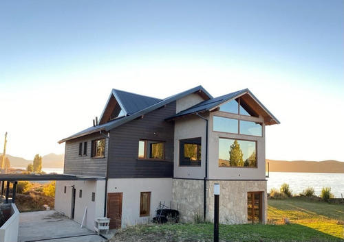 Casa Costa De Lago Nahuel Huapi En Boca Rio Limay, Bariloche