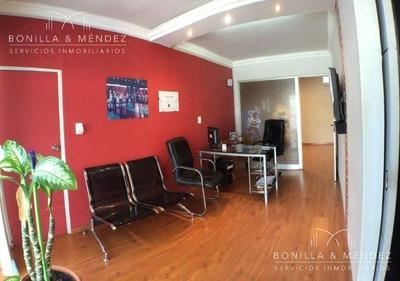 Casa Con Oficina En Montevideo