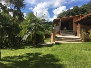 20-3624 Espectacular Casa En Prados Del Este