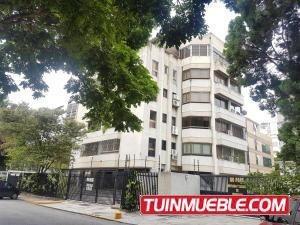 19-16834 Cómodo Y Acogedor Penthouse En Altamira