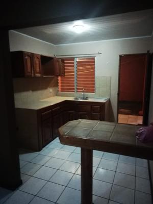 Se Alquila Casa Tipo Apartamento, San Roque Barva / Heredia