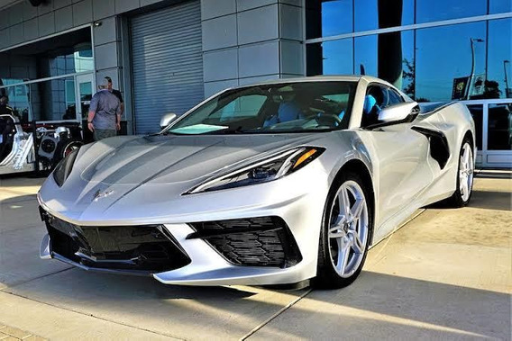 Chevrolet Corvette V8 Stingray Z51 2020