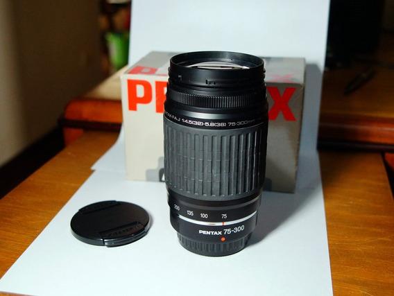 Lente Pentax 75-300mm F4.5/5.8 Nova