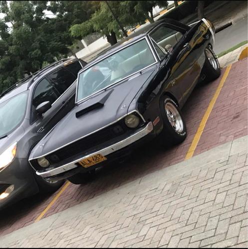Dodge Dart V8