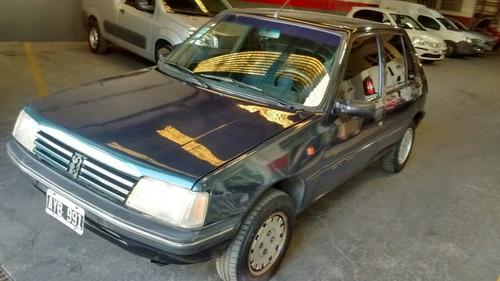 Peugeot 205 1.8 Gld Aa 1996