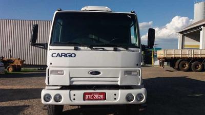 Ford Cargo 2622 6x4 Caçamba