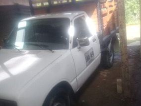 Chevrolet Luv Camioneta De Estacas