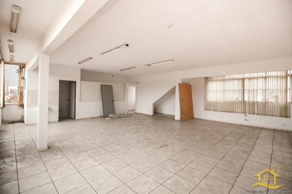 Salão No Bairro 23 Em Peruíbe - Lcc-3453