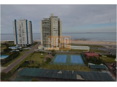Apartamento En Brava, 2 Dormitorios -ref:17033