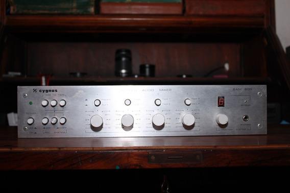 Mixer Equalizador Cygnus Sam 800 Seminovo