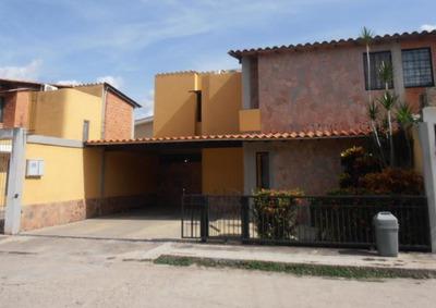 Townhouse En Venta San Pablo, Turmero 19-1458 Hcc