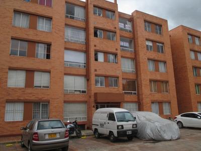 Apartamento En Arriendo Mazuren 233-162
