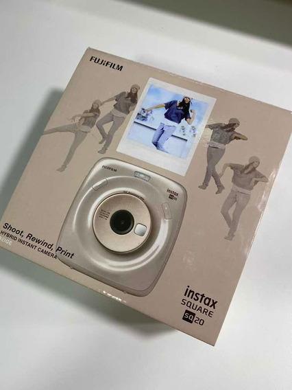 Câmera Instantânea Instax Fujifilm Square Sq20 Bege +80 Foto