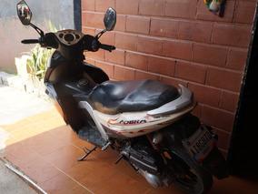 Moto Cobra
