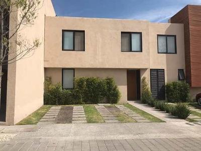 Casa En Renta En El Refugio, Querétaro