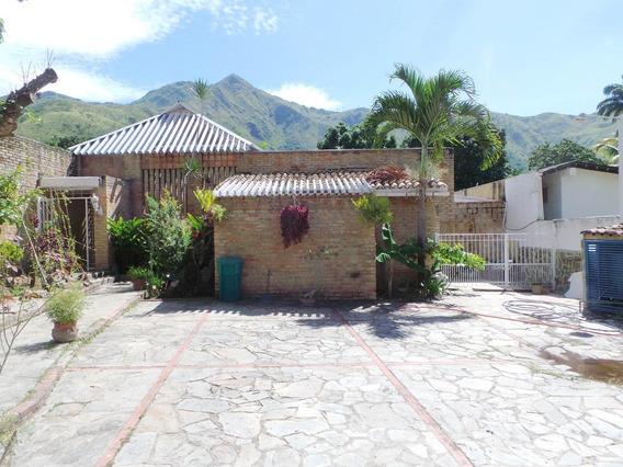 Casa Quinta En Venta Ojo De Agua El Castaño 19-19521 Mfc