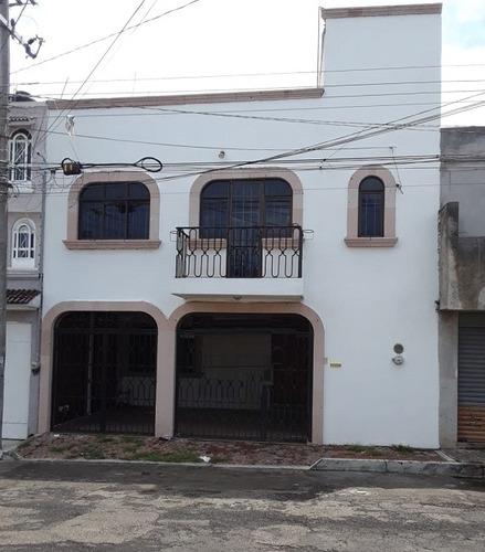 Imagen 1 de 11 de Venta Casa Col. Lázaro Cárdenas Morelia Cas_2538 Br/ga