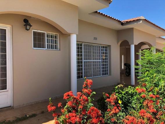Casa Em Nova Jaguariúna, Jaguariúna/sp De 392m² 3 Quartos À Venda Por R$ 880.000,00 - Ca464373