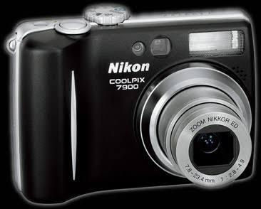 Câmara Fotográfica Nikon Coolpix 7900 Com Caixa Estanque Ike