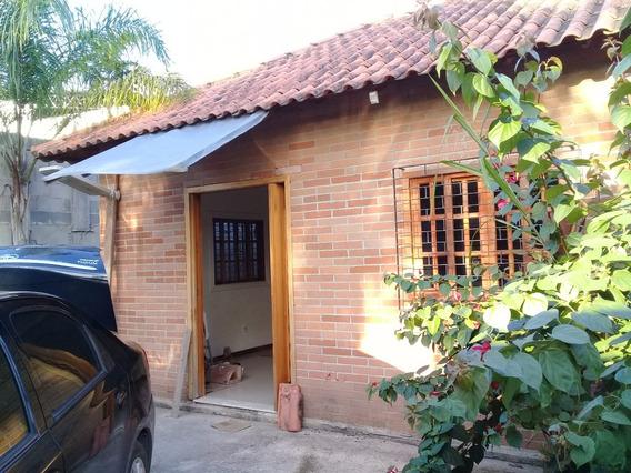 Casa 3 Quartos, Suite, Area Sv., Coz Ampla, Quintal Amplo.
