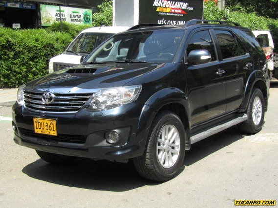 Toyota Fortuner Srv 3000 Cc Td At
