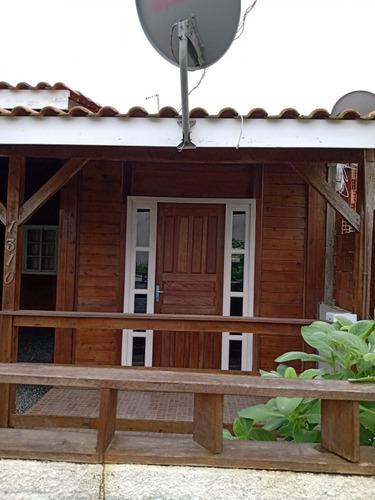 Casa Localizada No Bairro Itacolomi Em Balneário Piçarras Por 110mil!! - 35711516v