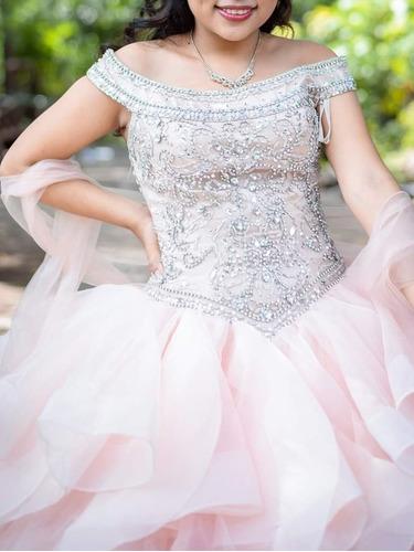 Vestido De Quince Años Color Palo Rosa De Segunda Mano Deusa