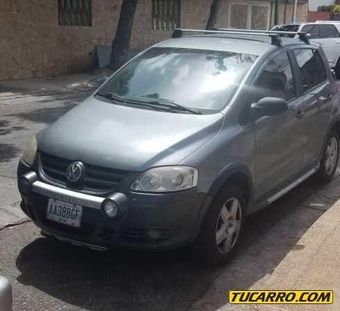 Volkswagen Crossfox Sedan