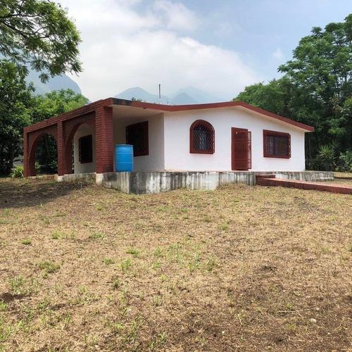 Quinta En Jardines De La Silla, Juárez