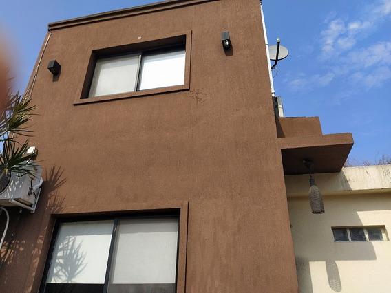 Casa Loma Hermosa 3 De Febrero Muy Grande Apta Credito