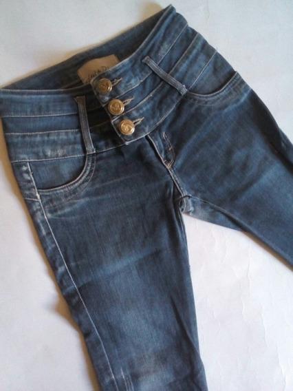 Calça Jeans Feminina Lança Perfume 36