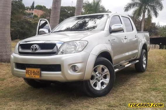 Toyota Hilux 2700cc Mt 4x4 Aa