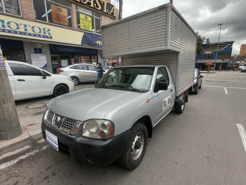 Nissan Frontier D22/np300 4x2 Furgón