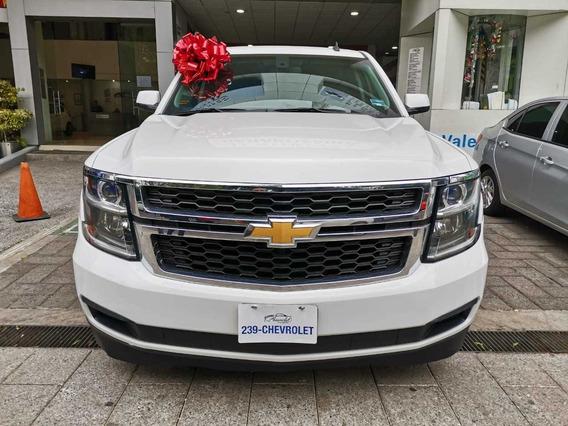 Chevrolet Suburban 5.4 Ls Tela At 2017