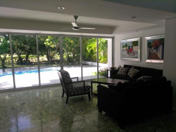 Espectacular Villa En Alquiler En Metro Country Club