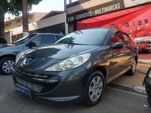 Peugeot 207 Passion 2011 1.4 Xr 10 Anos Flex 4p