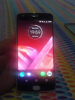 Celular Moto Z² Play 64g Ouro
