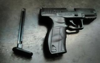 Pistola De Balines Marca Umarex 9xp